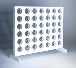 El atribuidor de sentido (objeto), 2017. Madera y metacrilato, 25 x 33,5 x 9 cm.